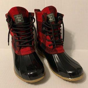G. H. Bass & Co Boots - 9